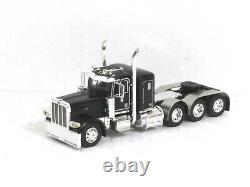 1/64 DCP /First Gear Peterbilt 389 Tri-Axle Tractor Cab (Gloss Black) O/O