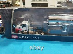 2019 First Gear DCP 164 WHITE & RED MACK ANTHEM Day Cab with42' Fuel Tanker NEW