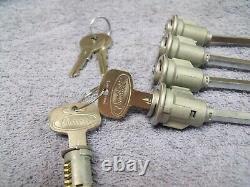 Big Rig Truck Cab Door Baggage Ignition Locks Peterbilt New Set Nos Keys