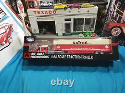 Dcp#32443 United Van Lines Ltd Lonestar Semi Cab Truck Moving Trailer Beautiful