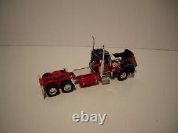 Dcp First Gear 1/64 Black And Red Pete 359 Day Cab And Wilson Grain Trailer