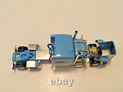 Peterbilt 389 Mid Roof Powder Blue Tractor Cab 1/64 Scale DCP First Gear #4273