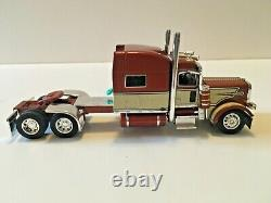 Peterbilt 389 Mid Roof Tractor Cab Only 1/64 Scale DCP First Gear #4272
