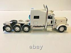 Peterbilt 389 Tri-axle White Tractor Cab Only 1/64th Scale DCP First Gear #4216