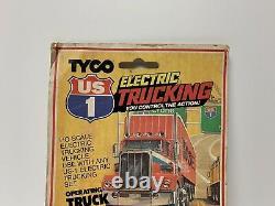 Vintage Tyco 1981 US1 Trucking HO Slot Car Orange Yellow Peterbilt Semi Cab 3904