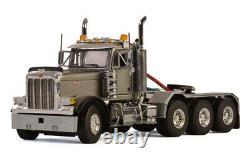 WSI 33-2015 150 Peterbilt 379 8x4 Day Cab Silver